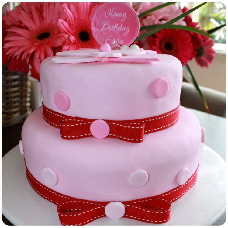 Two Layer Pink Polka Dot Party Cake Mouths Of Mums
