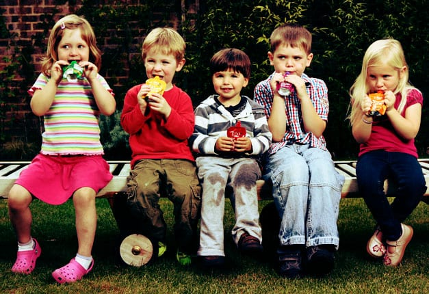 Top tips to encourage tiny tastebuds to eat solid food, healthily!