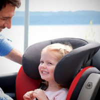 Revised Australian standard for child restraints in vehicles