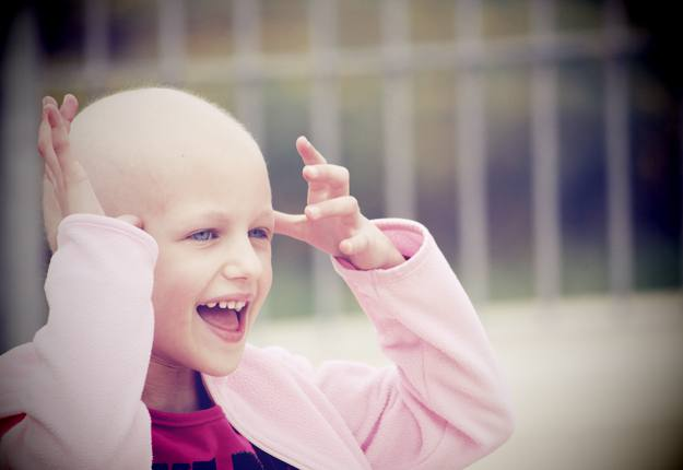 cancer project Families struggling to pay medical bills because of pediatric cancer get free photo sessions at the gold hope project.