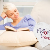MoM loves... books, books, books!