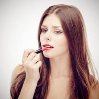 Makeup tips and trends for summer