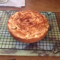 Apple cinnamon tea cake