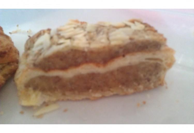 Almond brazil nut slice