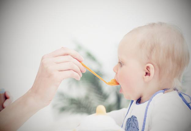 Introducing your baby to food is a monumental occasion, but for many parents the occasion is met with much confusion and uncertainty about what and when to offer solids to their baby. If you are wondering whether your baby is ready for solids it might be worth going through these questions first...