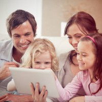 5 creative ways to keep your family photos out of a shoebox