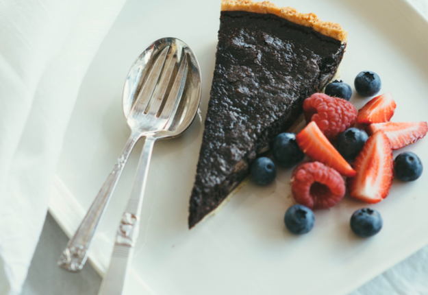 Chilli chocolate macadamia tart - Real Recipes from Mums