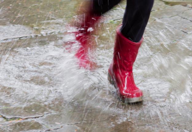 Saving_rainy_day_625x430