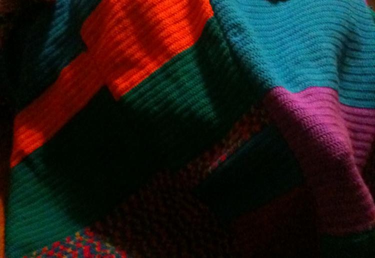 Happy colour throw