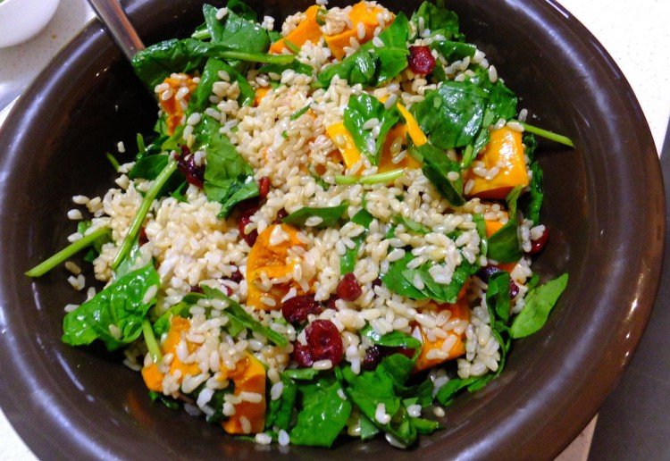 Pumpkin, spinach and craisin brown rice salad