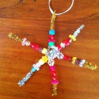 Christmas pipe cleaner star