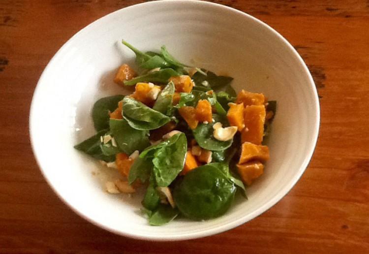 Roast pumpkin and cashew salad