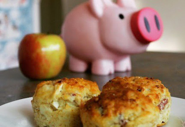 Apple bacon and maple muffins