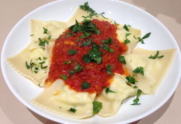 Ricotta Ravioli with Tomato Sauce
