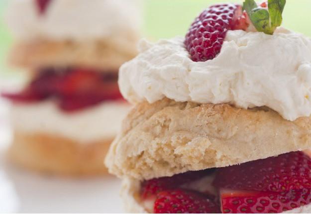 Scones, strawberries and cream