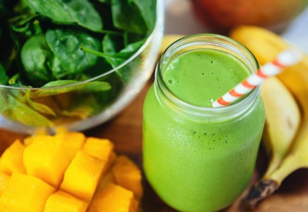 ella12 reviewed Mango magic green smoothie