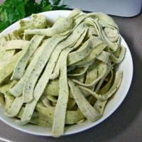 Fresh parsley pasta