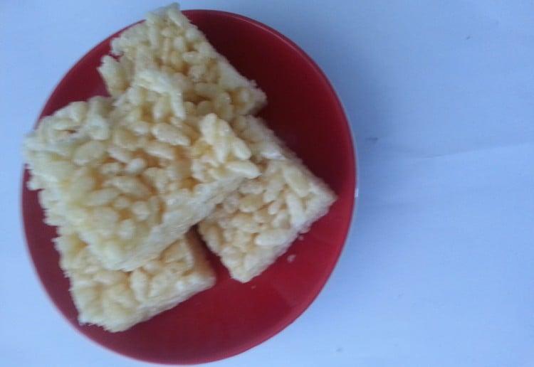 Lemon rice bars
