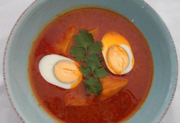 Egg and potato gravy