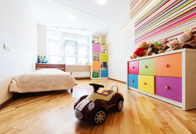 6 fun ways to decorate a kid 39 s room on a budget mouths for Cool ways to decorate your apartment