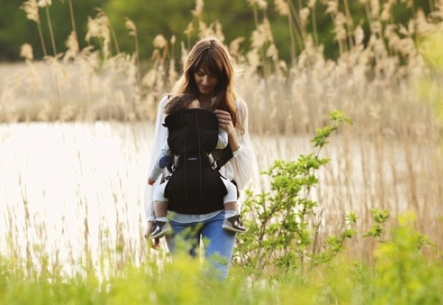 WIN 1 of 3 BabyBjörn Baby Carrier One Mesh