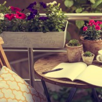 5 tips for styling a small outdoor space