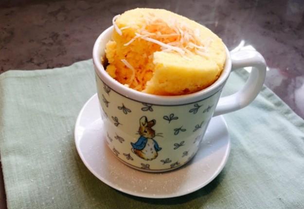 1 minute Lemon and Coconut Cake