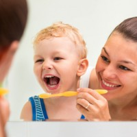 How sugar damages children's teeth and prevention tips