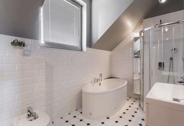 Floor tiling installation tips: Make a small room look