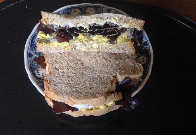 Curried egg and lettuce sandwich