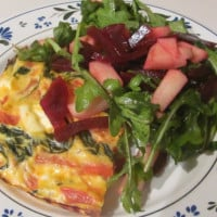 Colourful oven frittata with side salad