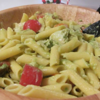 Penne with avocado and artichoke