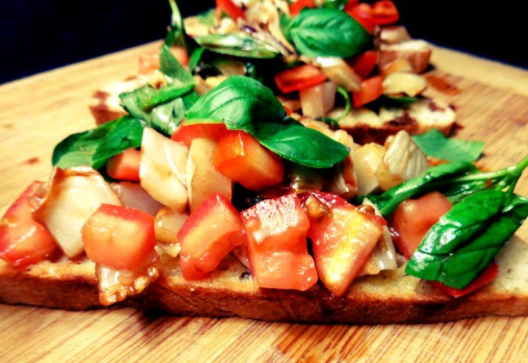 Roasted Tomato & Fennel Bruschetta