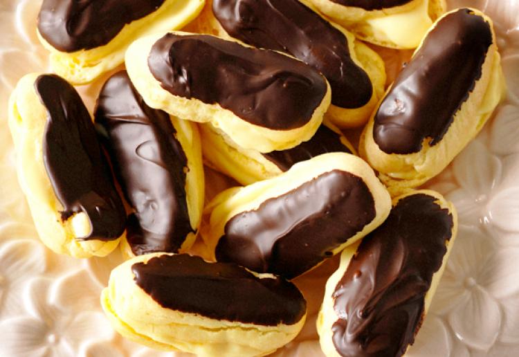 Mini chocolate eclairs