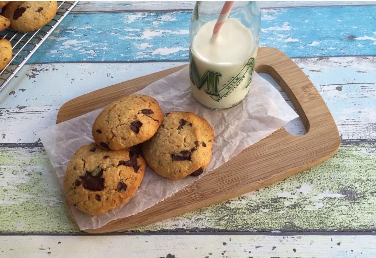 Healthy choc chip cookies