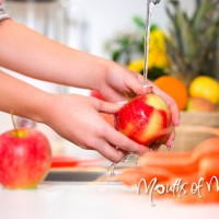 How to make your own fruit and vegetable wash