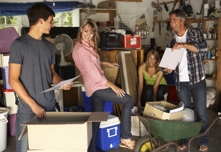 Tips and tricks for hosting your best family garage sale ever!