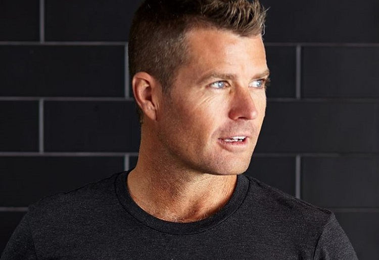 Concerns over Pete Evans message to families about calcium and dairy
