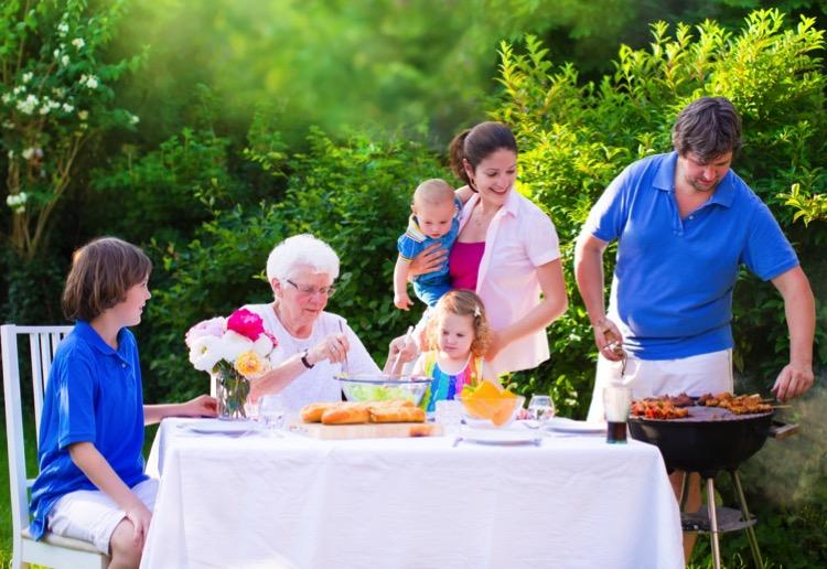 12 Unique Backyard Party Ideas