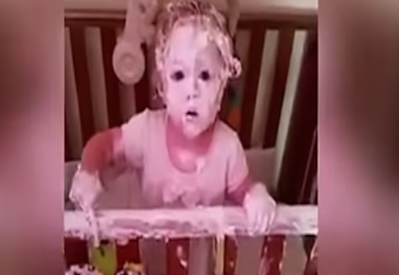 Video: Mum discovers daughters playing with Sudocrem