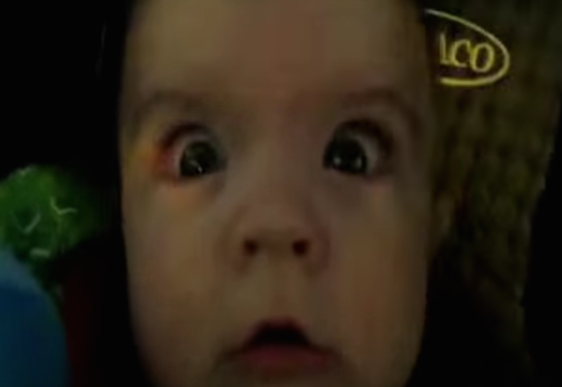 Video: Babies hilarious reactions to traveling through tunnels