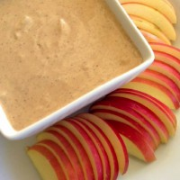 Healthy Yogurt, Peanut Butter & Cinnamon Dip