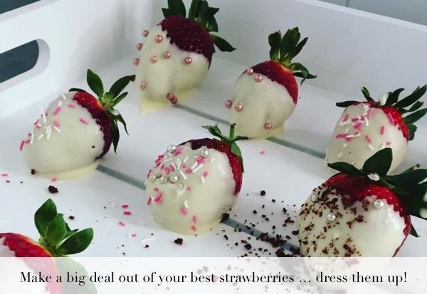white-chocolate-coated-strawberries