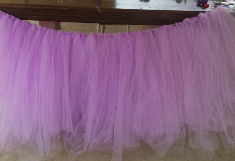 mom93821 reviewed Tutu table skirt