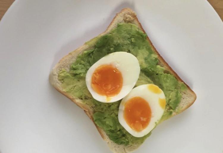 mom112023 reviewed Smashed avo and egg