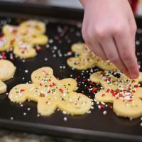 5 family rituals that spark Christmas joy