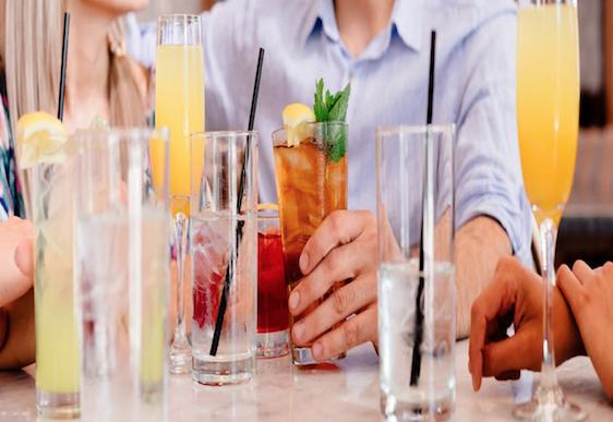 Video: 8 low calorie but delicious cocktails for the festive season