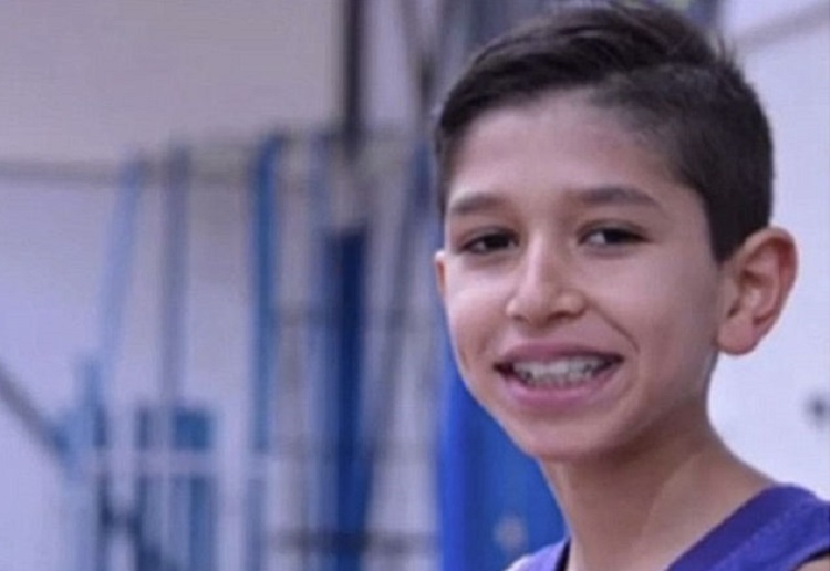 Young boy collapsed and died while playing basketball