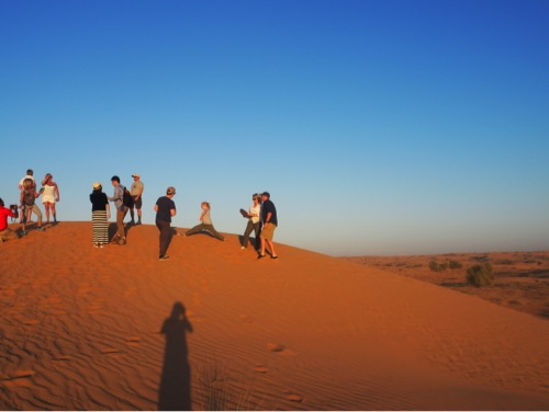 arabian-adventures-dubai_4_everyone-getting-ready-for-sunset-photos