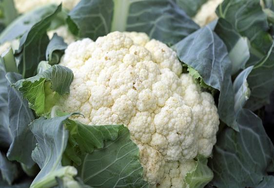 How to make cauliflower hummus